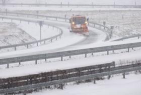 autópálya, baleset, havazás, hó, vezetéstechnika