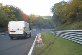 baleset, citroen, fiat, furgon, nürburgring, verseny, videó