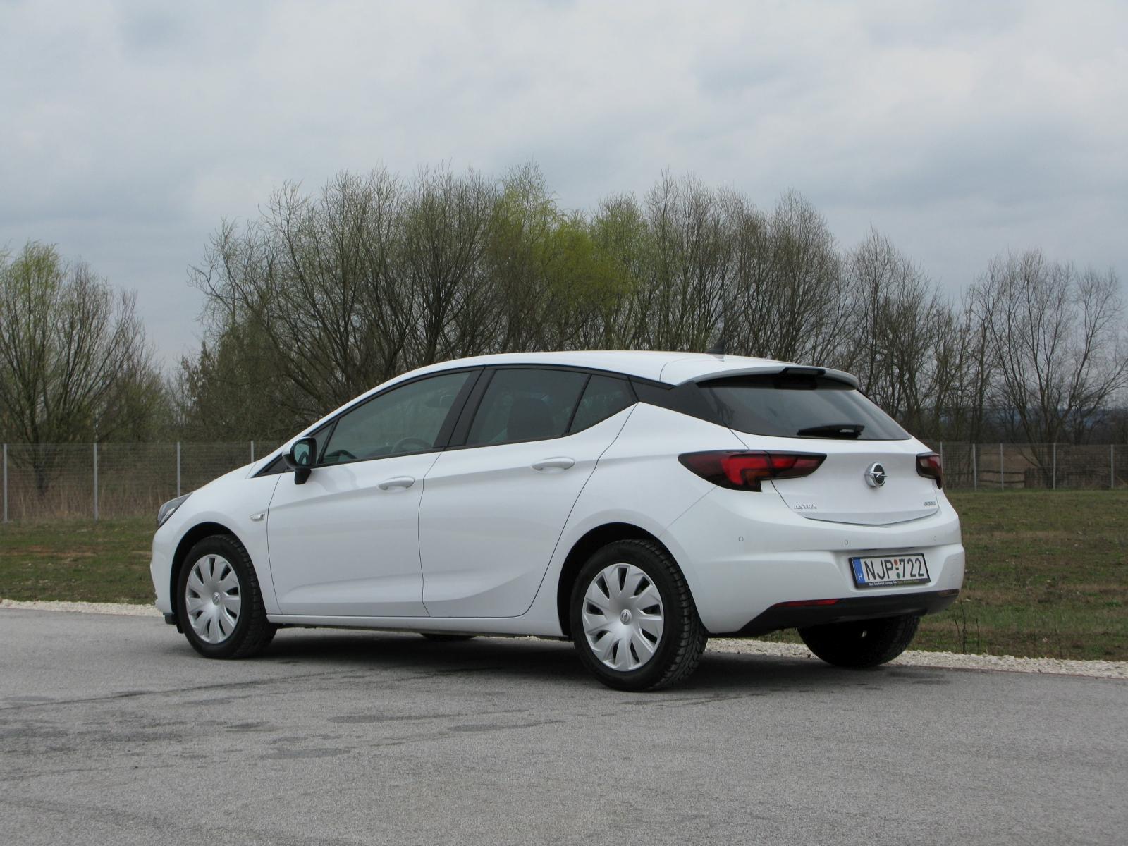 Opel Astra 1.0 Turbo Ecotec Enjoy