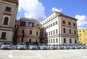 albánia, e-golf, elektromobilitás, rendőrautó, rendőrség, zöld autó