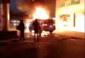 arab, autóbaleset, benzinkút, terepjáró, toyota, tűzeset, új land cruiser, videó