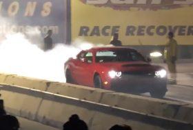 autós videó, challenger, gyorsulási verseny, srt demon, új dodge