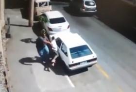 autólopás, tolvaj, videó