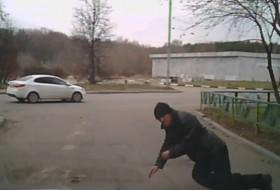 gyalogos, oroszország, videó