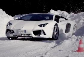 aventador, hó, huracan, lamborghini, téli autózás, vezetéstechnika