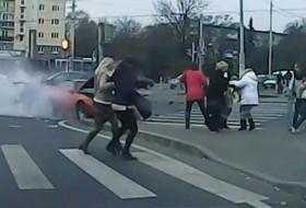 baleset, oroszország, pontiac, renault, videó