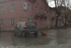 baleset, gyerek, orosz, oroszország, peugeot, videó