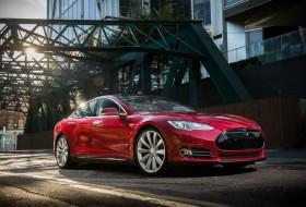 elektromobilitás, elektromos autó, gyorsulás, model s, p85d, p90d, rekord, tesla