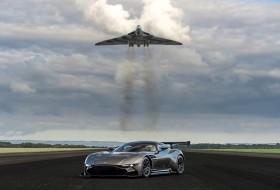 aston martin, avro vulcan, vulcan