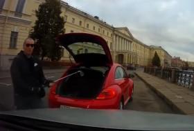 baleset, beetle, bogár, oroszország, videó, volkswagen