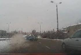 baleset, corsa, hó, opel, téli vezetés, videó