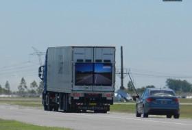 baleset, előzés, safety truck, samsung, volvo