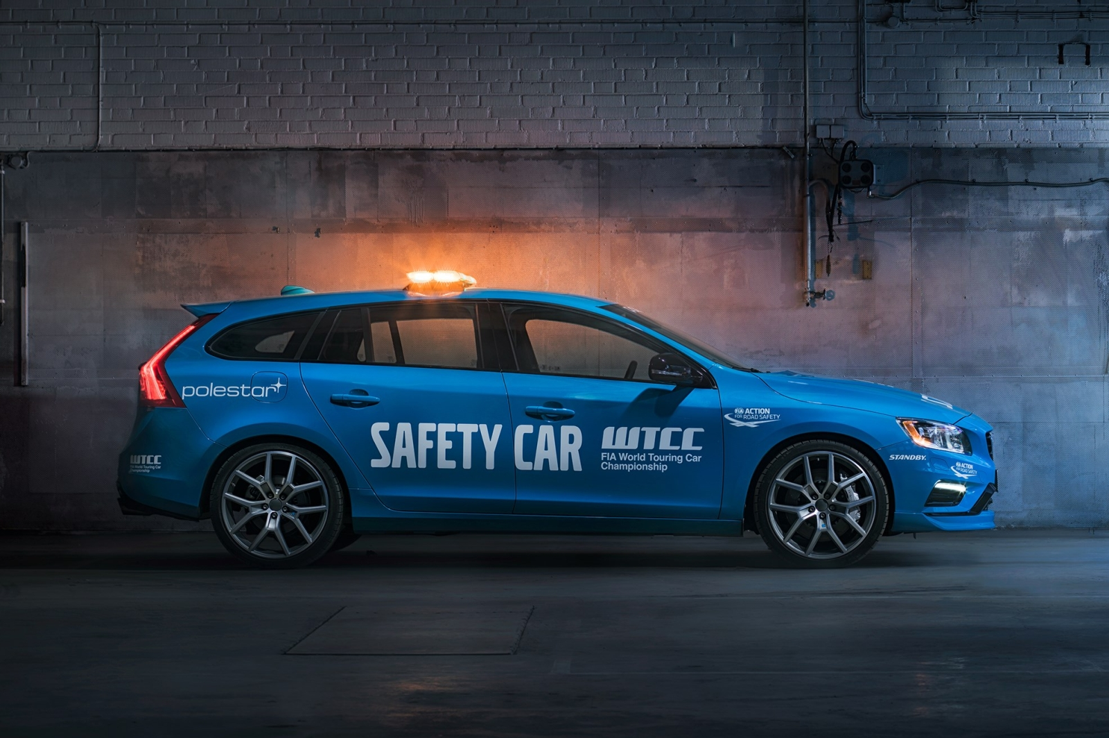 Volvo V60 Polestar Safety Car