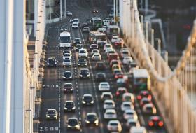 budapest, csúcsforgalom, dugó, közlekedés, tomtom