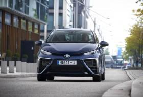 év zöld autója, hidrogén, mirai, toyota, toyota mirai, üzemanyagcella, zöld autó