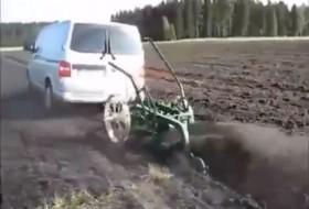 orosz, traktor, transporter, videó, volkswagen