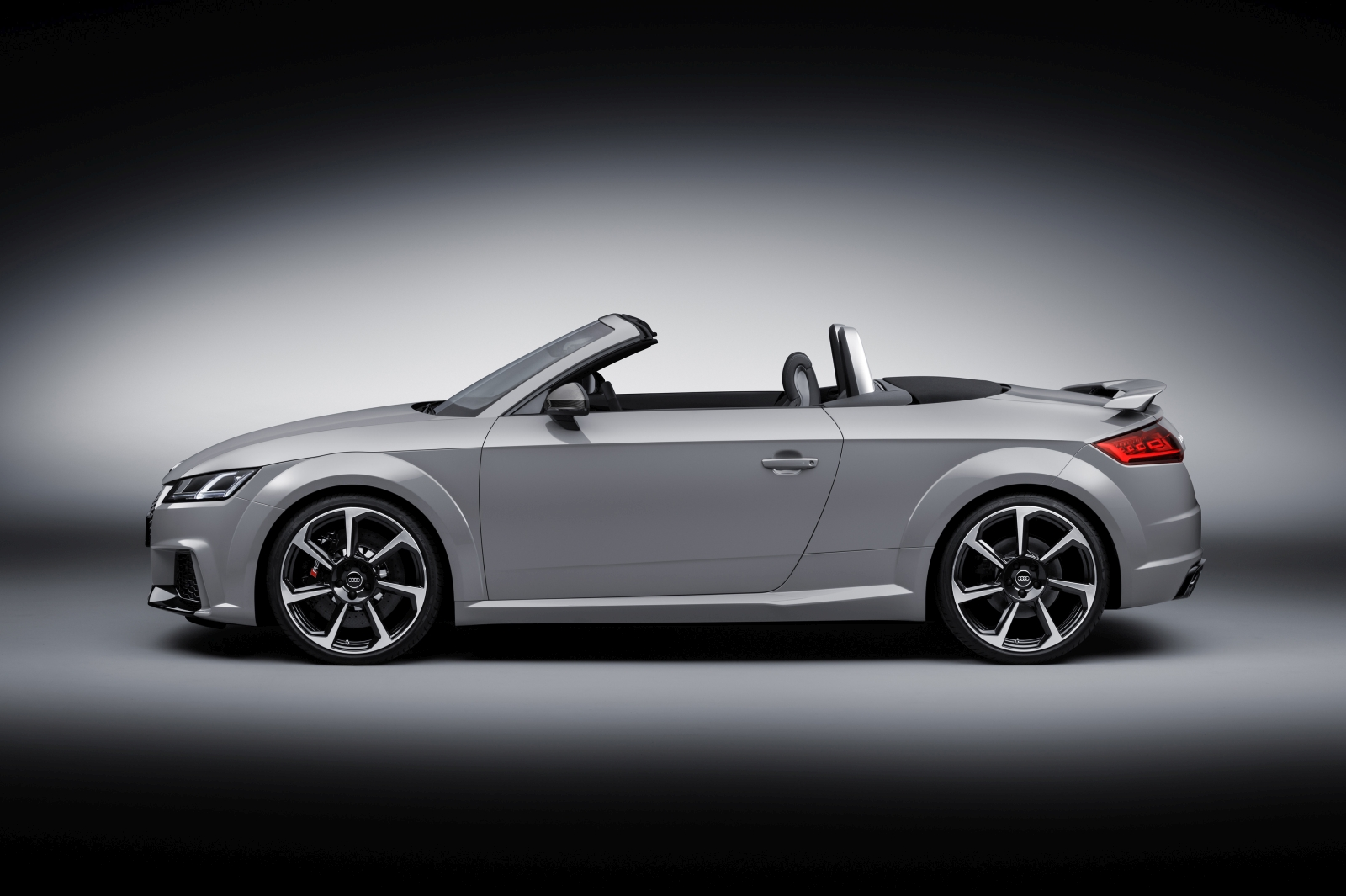 Audi TT RS Coupé és Roadster