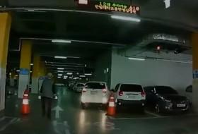 autókölcsönzés, baleset, korea, videó