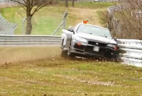 baleset, nissan gt-r, nürburgring, r34, skyline, videó