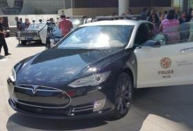 amerika, elektromos autó, környezetvédelem, rendőrség, tesla model s, zöld autó