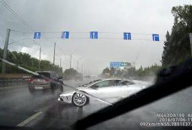 autópálya, baleset, fedélzeti kamera, lamborghini, murcielago, oroszország