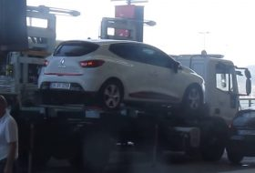autólopás, szabálysértés, törökország, videó