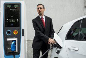 budapest, elektromobilitás, elektromos, elektromosautó-töltő, modulo, töltőállomás, zöld rendszám