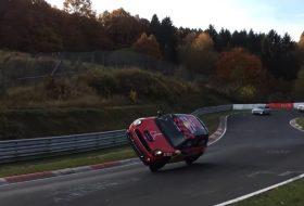 cooper, kétkerekezés, mini, nürburgring, rekord, videó