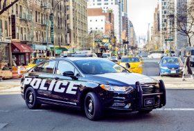 elektromos, ford, hibrid, rendőrautó, üldözés