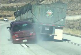 amerika, autópálya, baleset, kamion, közlekedésbiztonság, videó