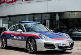 911 carrera, ausztria, autópálya, porsche 911, rendőrautó, új porsche