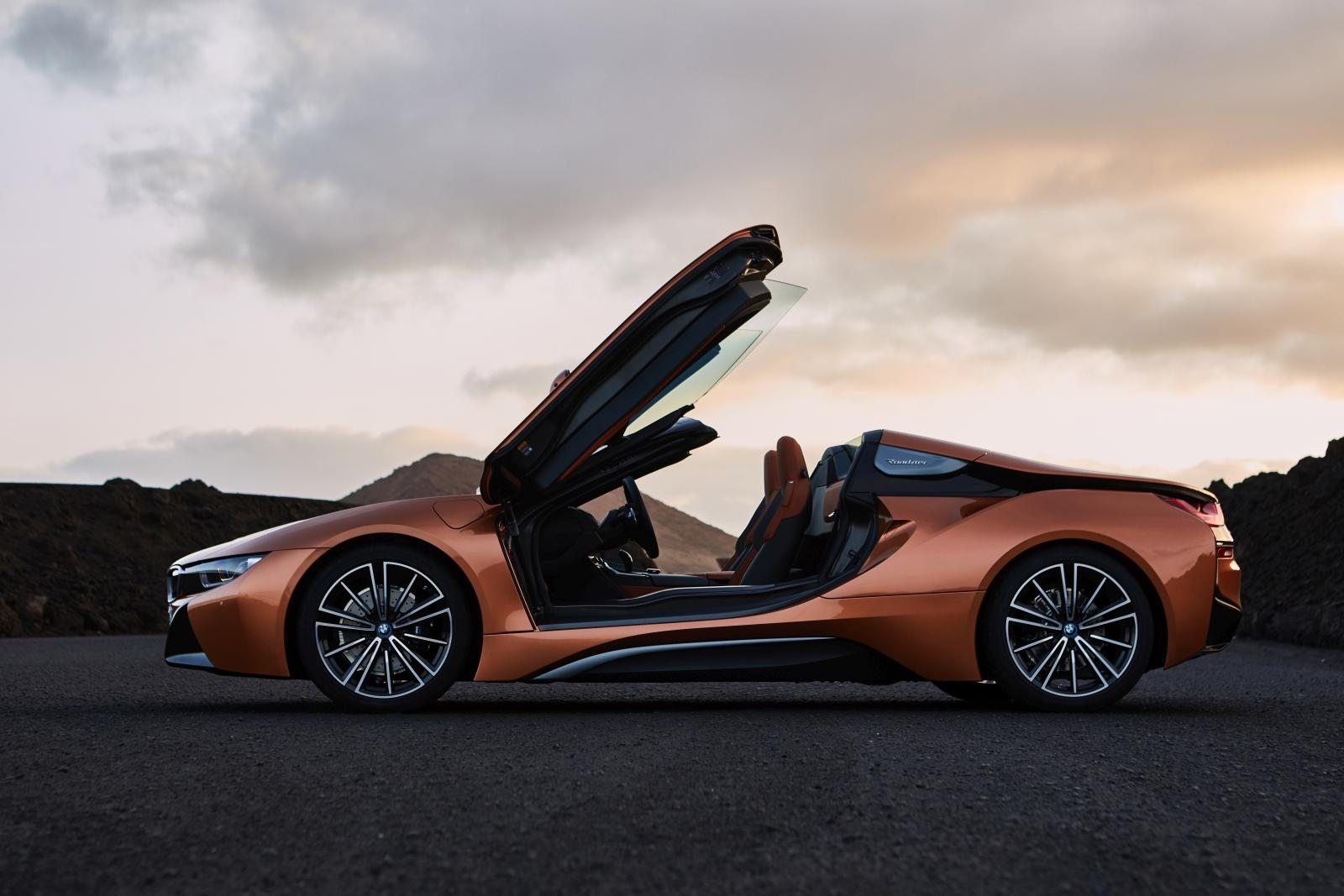BMW i8 Coupé és Roadster