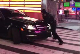 autóbaleset, autós videó, c63 amg, mercedes-benz, new york, rendőr