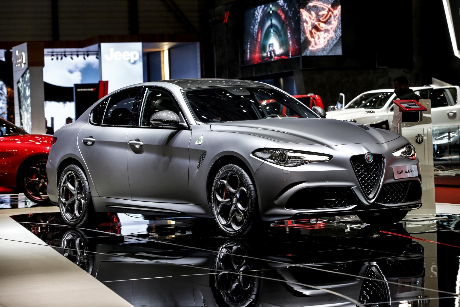 Alfa Romeo Giulia és Stelvio Quadrifoglio NRING