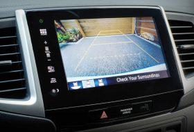 autós videó, baleset-megelőzés, biztonságtechnika, bmw, közlekedésbiztonság, tolatókamera