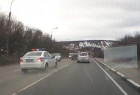 autós üldözés, ford focus, mazda6, oroszország, rendőrség, videó
