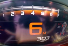 720s, 911 gt2 rs, autós videó, gyorshajtás, gyorsulás, porsche 911, új mclaren