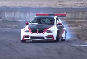 autós videó, bmw 1-es, bmw m3, chevrolet, corvette, drift