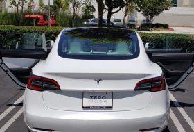 elektromos autó, model 3, új tesla, vicces
