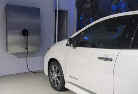 elektromobilitás, elektromosautó-töltő, innováció, németország, nissan leaf, új nissan
