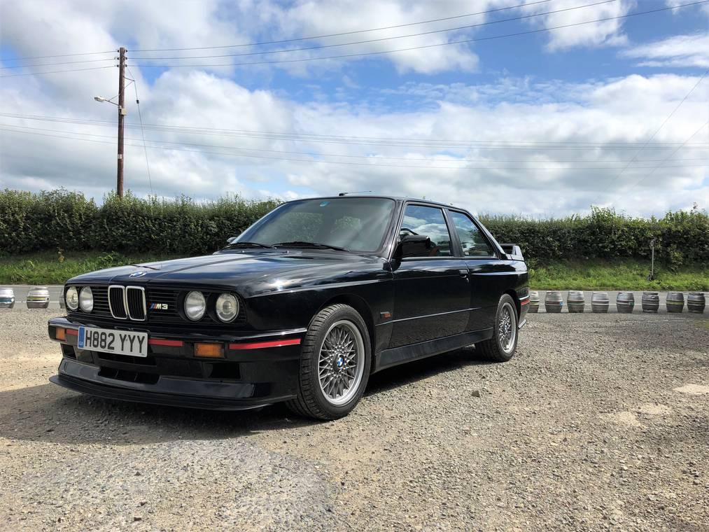BMW E30 M3 Sport Evolution M3 Evo III