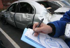 applikáció, baleset, baleseti bejelentő, casco, kék-sárga, kötelező