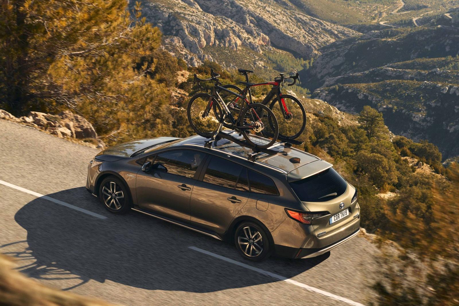 Toyota Corolla GR Sport és Trek