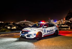 a nap képe, ausztrália, civic type r, egyedi autó, honda civic, nürburgring, rendőrautó, rendőrség, ritkaság