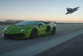 autós videó, aventador svj, repülőgép, új lamborghini