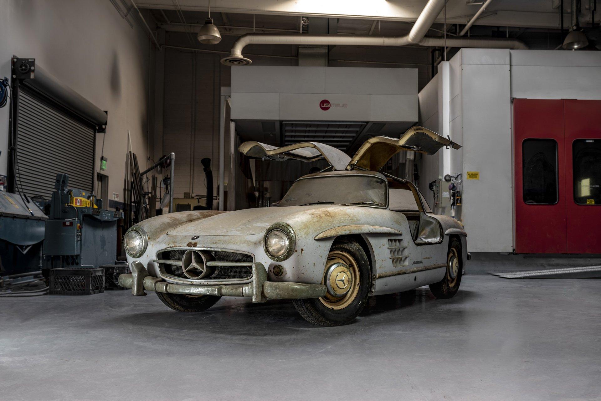Mercedes-Benz 300SL oldtimer fényezés nélkül