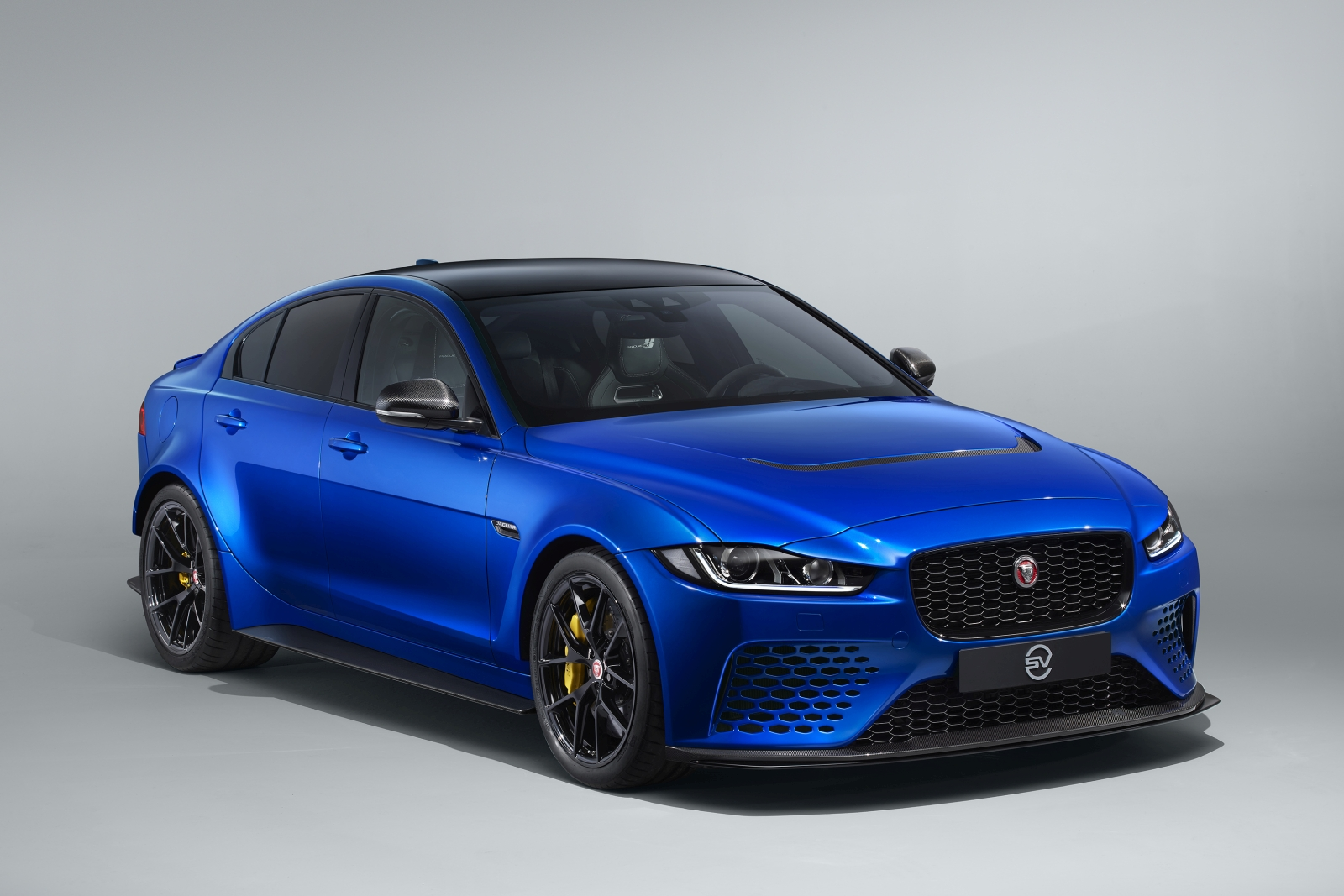 Jag_Project8_Touring_Front_050619_01