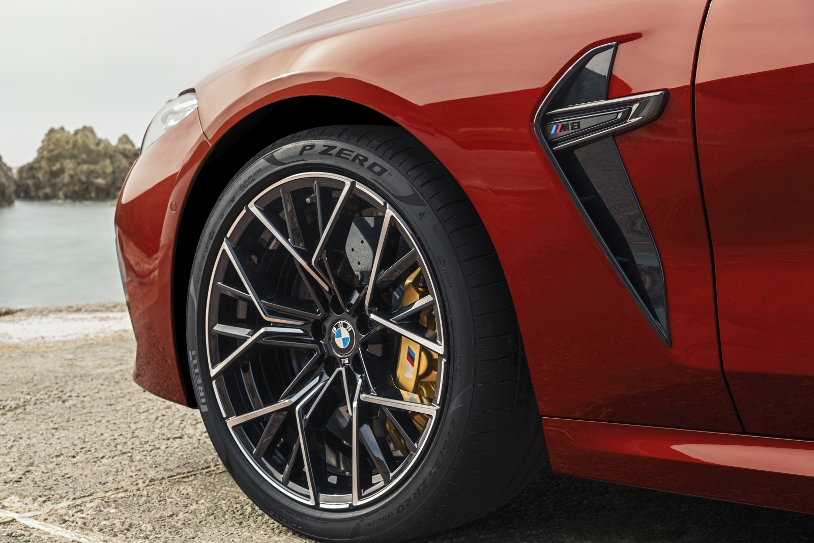 BMW M8 Coupé, M8 Competition Coupé, M8 Cabrio és M8 Competition Cabrio