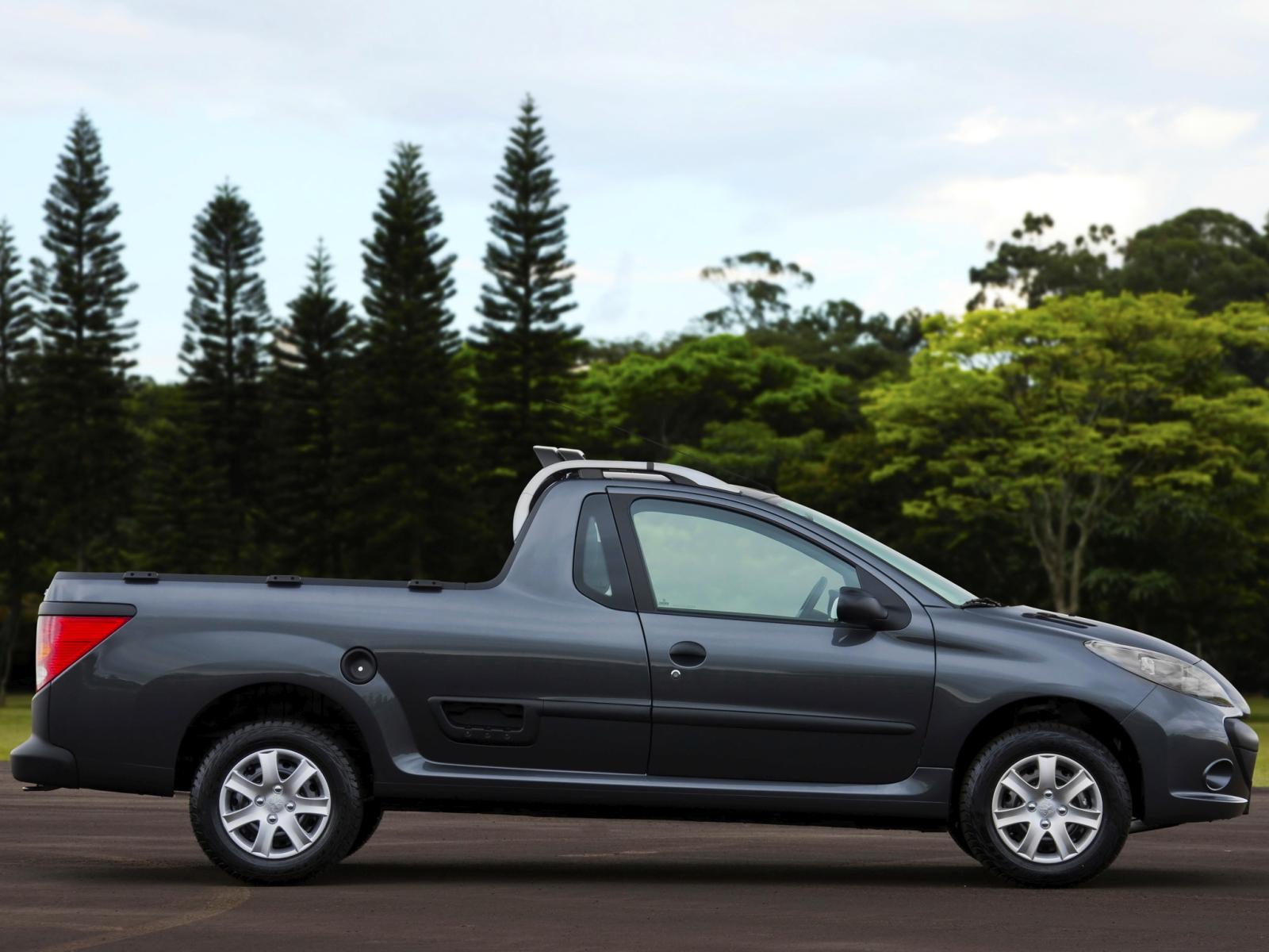 Pickupot fejleszt a Peugeot