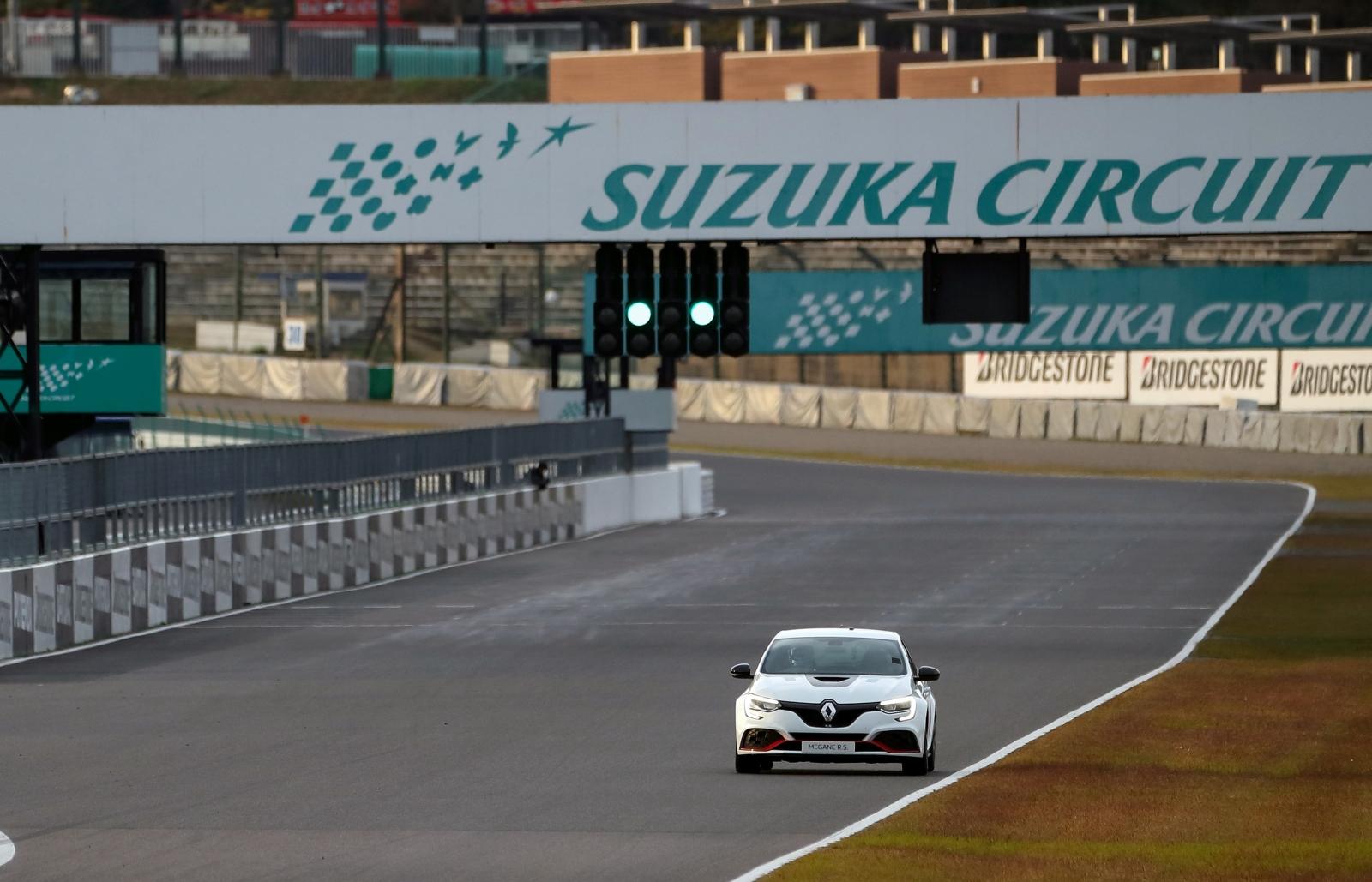 2019 - Nouvelle MÉGANE R.S. TROPHY-R : Nouveau record sur le circuit de Suzuka